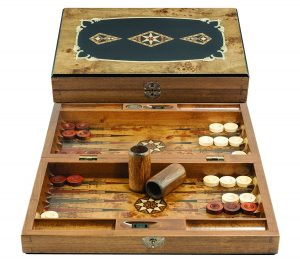 luxury classic medium backgammon set