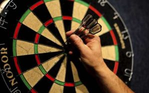 How to Throw Darts In 4 Easy Steps